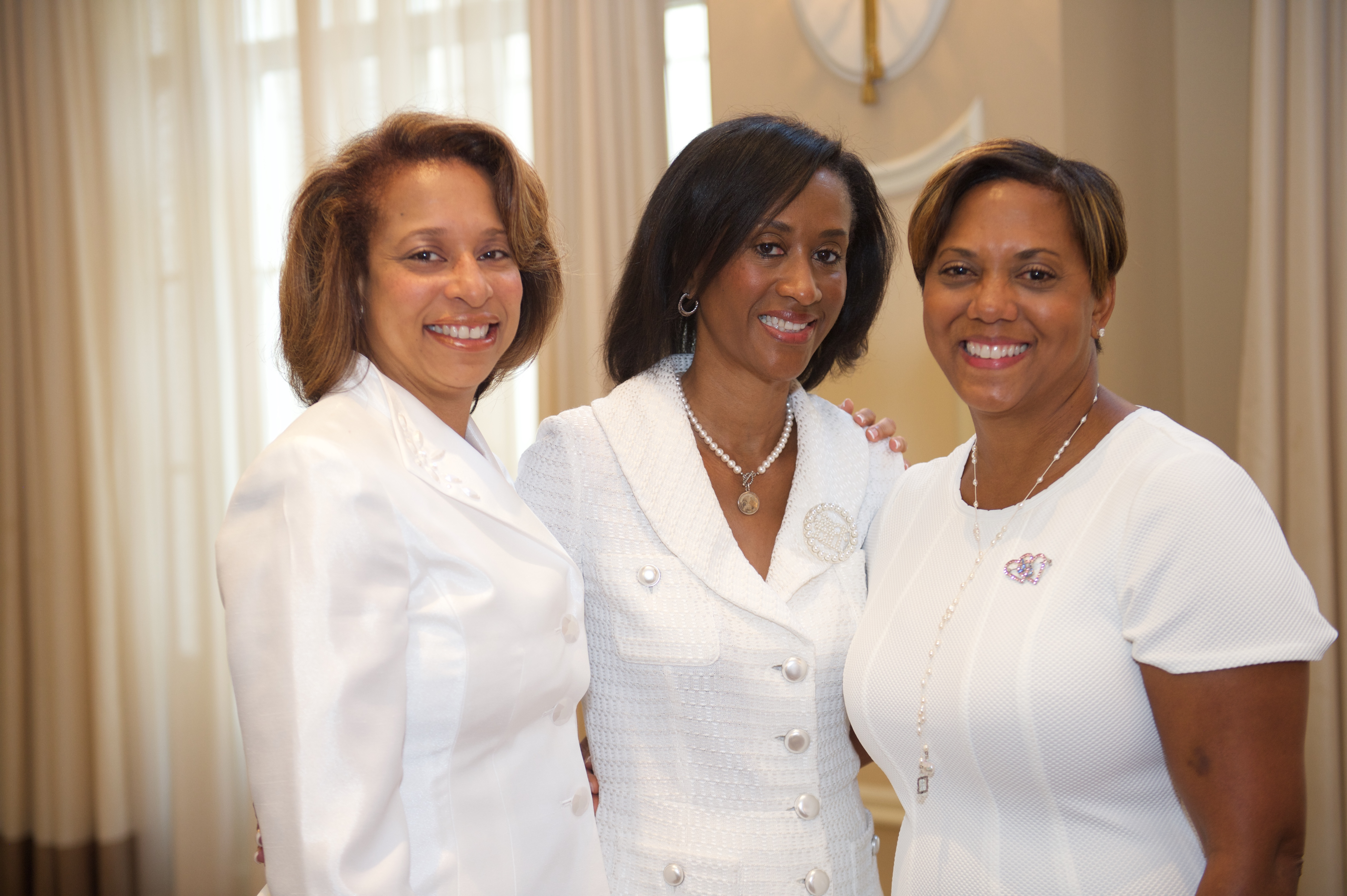 Angela Johnson, NP Tammy King, Pres Hillary Dunson